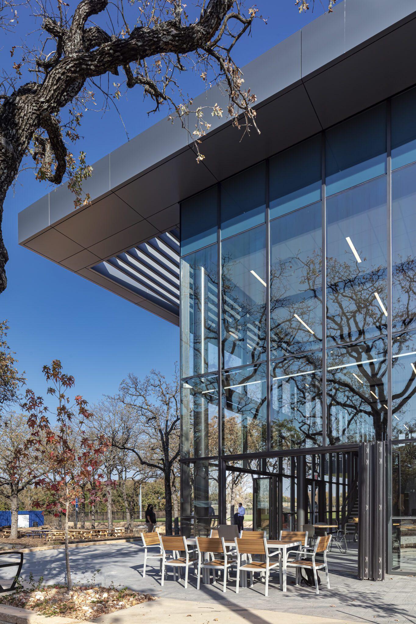 Cristo Rey Dallas Innovation Center, Exterior Courtyard